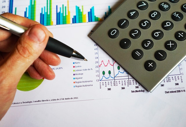 Advantages and benefits of outsourced accounting